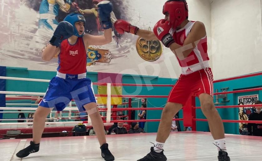 Каменские боксеры боролись за медали чемпионата города