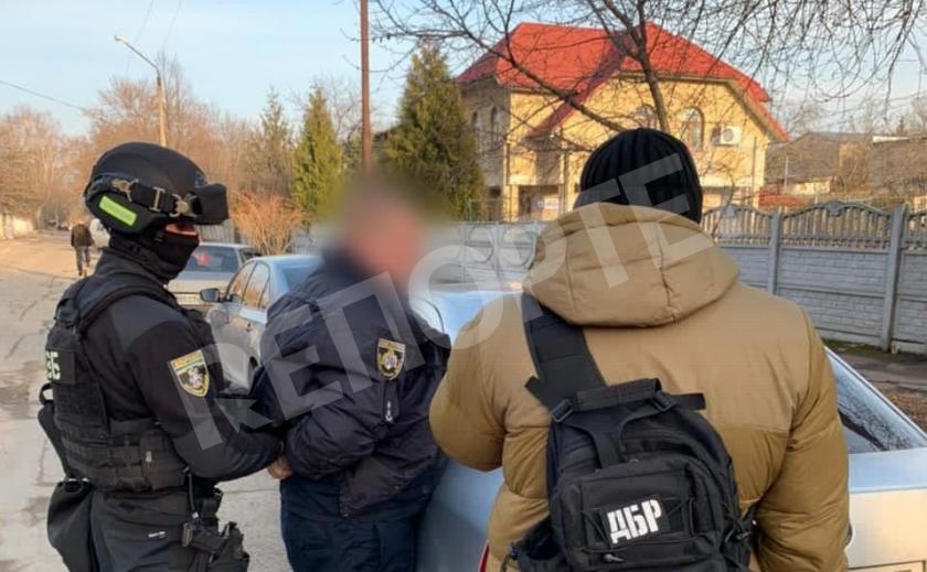 Полицейский из Каменского «повелся» на 10 тысяч