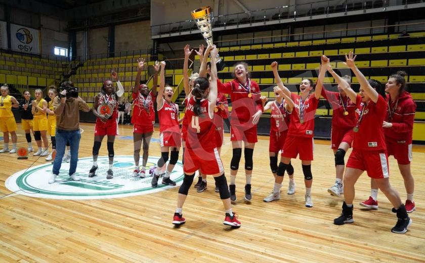 Баскетболистки «Прометей» из Каменского выиграли Суперлигу Украины