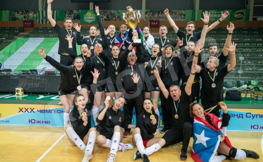 Волейболистки «Прометея» из Каменского выиграли женский чемпионат Украины
