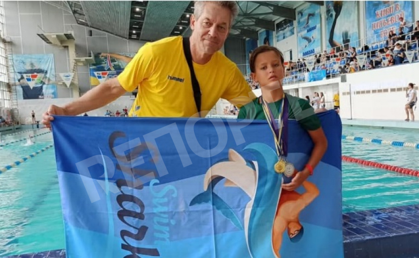 8-летний мальчик из Египта – фанат плавания, упросил родителей приехать на турнир в Каменское
