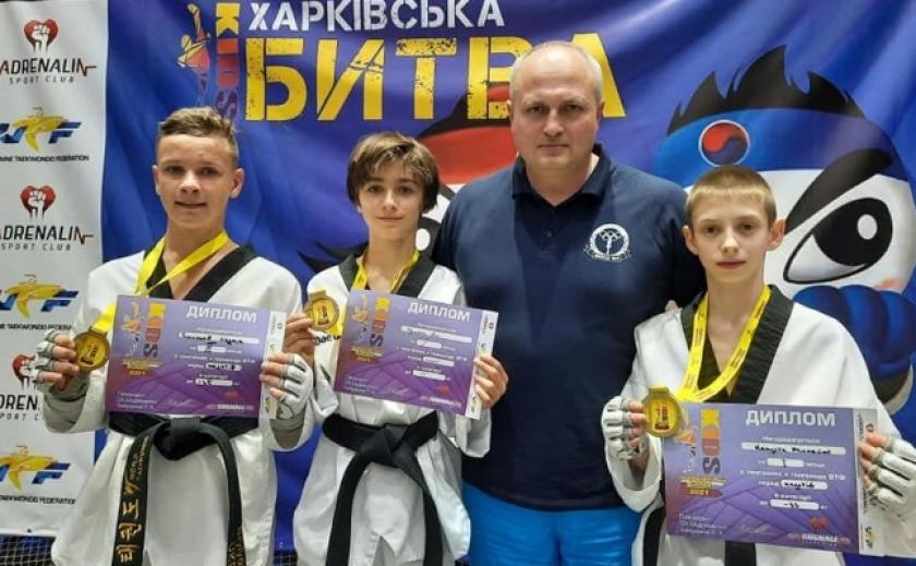 Юные тхэквондисты из Каменского завоевали 5 медалей на турнире «Харьковская Битва»